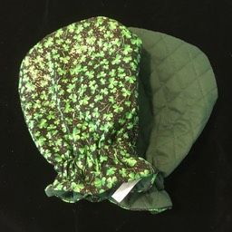 Shamrocks / Green Quilted